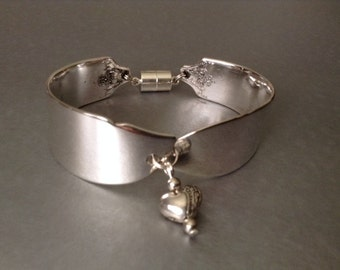 Bracelet, Women's Bracelet, Spoon Bracelet, Silver Bracelet, Wrist Wear, Silver Spoon Bracelet, Silver  Bracelet, Charm Bracelet, Jewelry