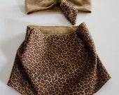 Giraffe Print Bandana Bib and Coordinating Hair Band: Bib 'n Bow Baby Girl Gift, Baby Girl Shower Gift