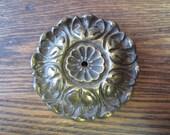 Old Antique Vintage Victorian Edwardian Medallion Plate Furniture Decorative Pull