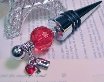 Red Heart with Lock and Key Charms Love Valentine Themed Beaded Wine Bottle Stopper