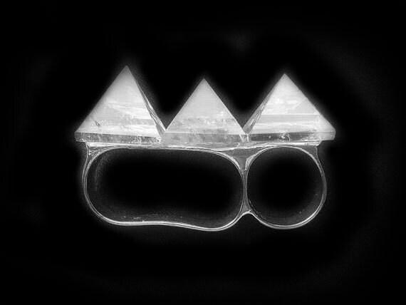 LAST ONE Crystal Knuckle Ring Quartz Pyramid Ring