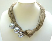 Jewerly Ivory Linen Necklace - Three Pearls Beads