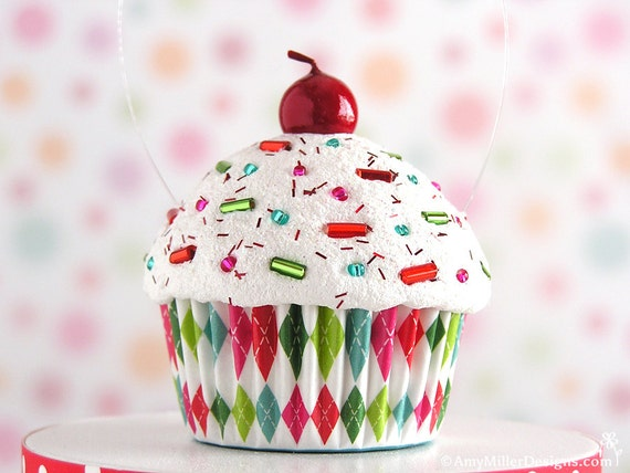 Cupcake Christmas Ornament