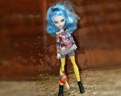 Monster High Outfit/ T-shirt With Lace /Jeans Shorts/ Yellow Pantyhose Stockings/ Earings/Bracelet/ Brooch