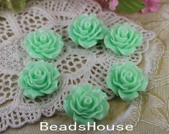 696-00-CA  6pcs (20mm) Beautiful Roses Cabochon- Lt.Green
