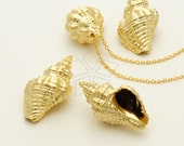 PD-853-MG / 2 Pcs - Gold Sea Shells Pendant (Trumpet Shell), Matte Gold Plated over Pewter / 14mm x 23mm