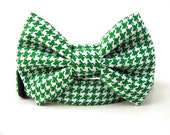 Kelly Green Houndstooth Bow Tie Dog Collar
