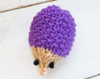 Hedgehog squeaker toy, hedgehog stuffed animal, stuffed animal hedgehog, squeaker toy, small squeaker toy, ready to ship, knit amigurumi