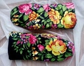 Russian Style Folk Floral Scarf Warm Mittens Black with large Roses