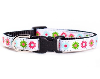 "Cat Collar - ""The Flower Shower"" - Flower Print"