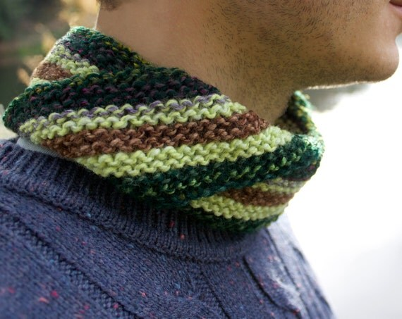 Avocado Men's Nuzzler - Green Cowl for Man or Woman - Unisex Circle Scarves
