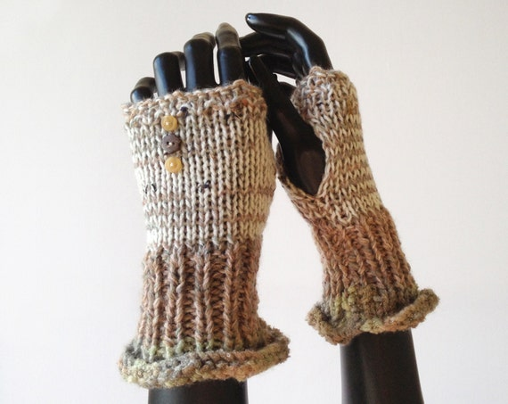 Almond Fingerless Handwarmer Gloves - Almond Frilly Fingers - Natural Cream Fingerless Mitten