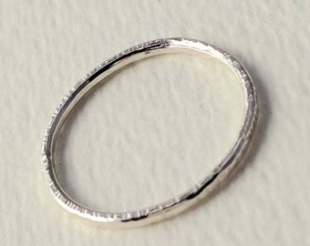 Hammered Texture Sterling Silver 1mm Ring, Size 7, Stacking Ring Midi Ring