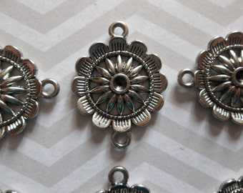 Silver Flower Connectors with 2 Loops - Qty 4