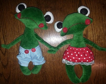 SALE - soft toys - frogs
