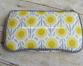 Yellow and Gray Floral Travel Baby Wipe Case, Personalized Wipecase, Monogram Case, Baby Shower Gift, Flower Wipe Clutch, Diaper Wipes Case