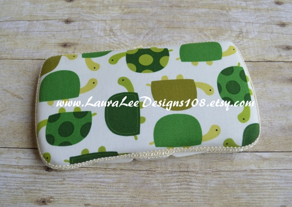 Turtles on Cream, Travel Baby Wipe Case, Personalized Wipe Case, Diaper Wipes Case, Baby Shower Gift, Wipe Holder, Wipe Clutch, Diaper Bag