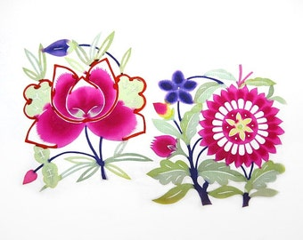 Vintage Chinese Paper Cuts Flowers