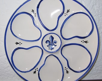 French Country Quimper Pottery Faience Fleur-de-lis Oyster Plate, Blue and White