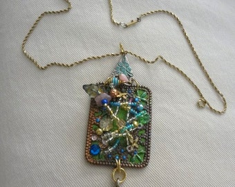 TinyGarden  metal frame beaded  backed with green leather