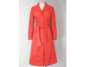 Size 8 Pink Coat - Hip 1960s Rose Faux Suede Coat - Spring Season - Chic & Sophisticated 60s Medium Overcoat - Bust 35.5 - Waist 29 - 36223
