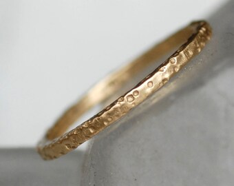 Thin Patterned Wedding Band - Gold Wedding Ring 1.5x1.5mm - Beach Sand Pattern - Choose 14k OR 18k Gold