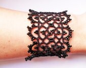 Tatted bracelet with glass beads
