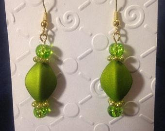 Beaded Dangle Earrings  --  NEW  --  Green  --  One of a Kind  --  (#688)