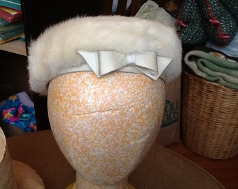 Vintage Macy's Litte Shop White Mink Fur Little Girl's Hat with White Satin Bow and Trim With Hat Box New York
