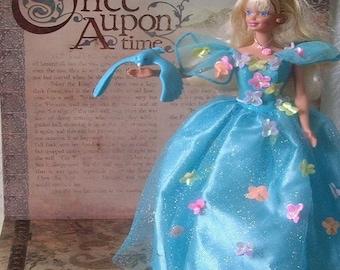 Barbie, SONGBIRD doll with her singing bird, Mattel, 1995.