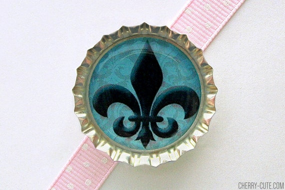 Fleur de Lis Blue Paris Bottle Cap Magnet - french decor, fleur de lis decor, fleur de lis kitchen organization, paris baby shower theme