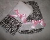 Baby Girl Bib Set, Newborn Gift, Shower Gift, Toddler, Baby Bib, Pink, Leopard with Pink ,Bib, Fancy, Trendy, Elegant, Chic. Bows, Baby Bib