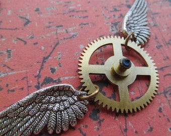 Winged Clock Gear Steampunk Necklace Pendant Z 25