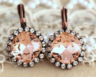 Blush Pink drop earrings, Blush pink crystal Swarovski earrings, Light peach Crystal drop earrings, Bridal earrings, Wedding jewelry.