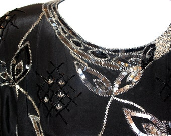 Gorgeous Black and Silver Beaded Top - Vintage Argenti - Women's Size Small - Excellent Condition