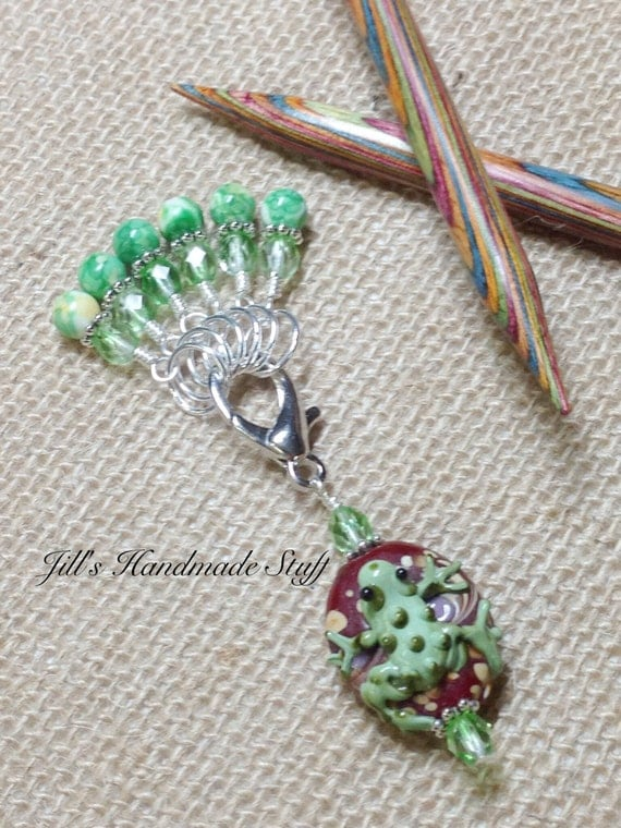 Using Stitch Markers In Lace Knitting : Snag Free Knit Stitch Markers & Frog Beaded Marker Holder