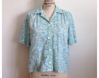 Vintage blue floral short sleeve top