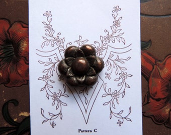 Bronze Flower Button Antique Collectible Vintage Free Shipping Metal Specialty Buttons