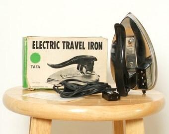 Vintage Travel iron 50's / 60's Iron / Electric Vintage Appliance / Electrical / Mini Iron / 50s /