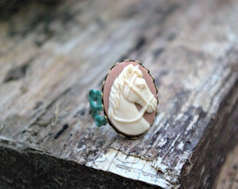 Grande Tan and Buttery Ivory Horse Ring