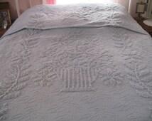 popular items for couvre lit chenille on etsy. Black Bedroom Furniture Sets. Home Design Ideas