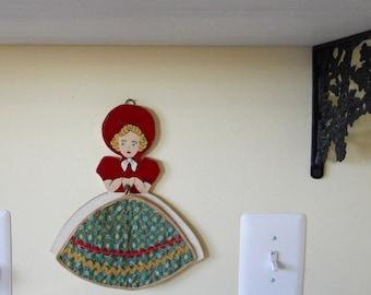 Vintage Pot Holder Kitchen Wall Display Southern Belle Home Decor Linens