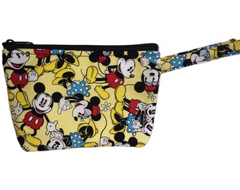 Mickey Mouse // Mickey and Minnie Mouse // Tsum Tsum// Makeup Bag // Disney Cosmetic Bag