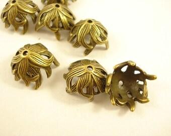 6 Antiqued Bronze Bead Caps 15mm S183