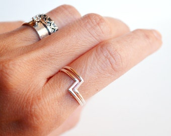 Zigzag ring - z ring - stacking silver ring -  stacking zig zag rings - minimalist rings set - geometric ring - gift under 50