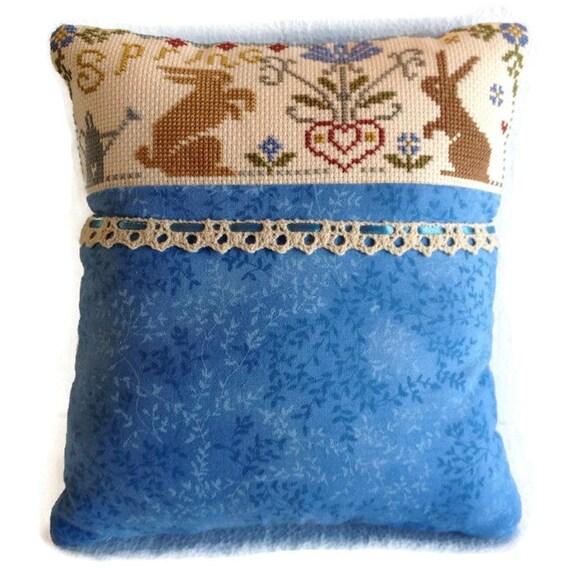 Decorative Primitive Pillows : Decorative Pillow Primitive Spring Sampler Finished Cross