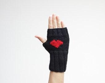 Black Fingerless Gloves, Black Heart Gloves, Women heart gloves, Black Heart Mittens, Valentines day gift Heart Fingerless Glove Heart Women