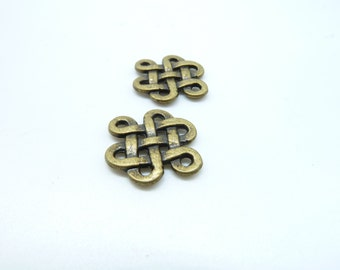 30pcs 14x17mm Antique Bronze Chinese Knot Connector Link Charms Pendant c6162