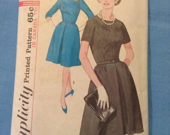 """Vintage Simplicity 5237 Seamed Bodice & Pleated Skirt Dress Sewing Pattern 35"""" Bust Uncut"""