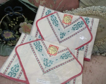 Vintage Red White Green Linge Stripe Basque French Embroidered Placemat Napkin Table Set  C5